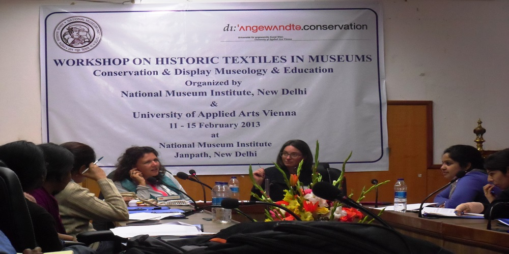 Workshop on Historic Textiles in Museum.